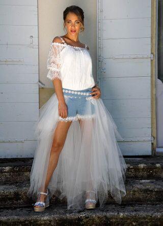 Robe de mariée classique ou...plus originale? Votez 😃 16