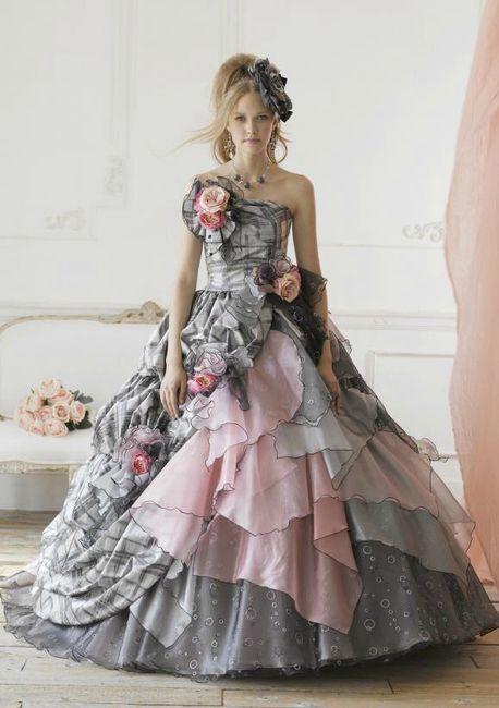 Robe de mariée classique ou...plus originale? Votez 😃 22