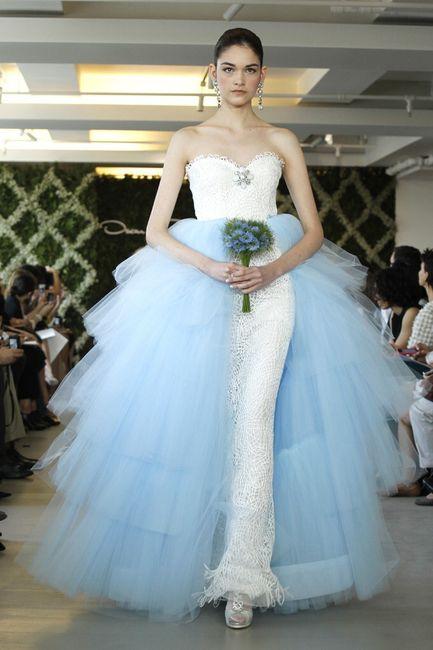 Robe de mariée classique ou...plus originale? Votez 😃 25