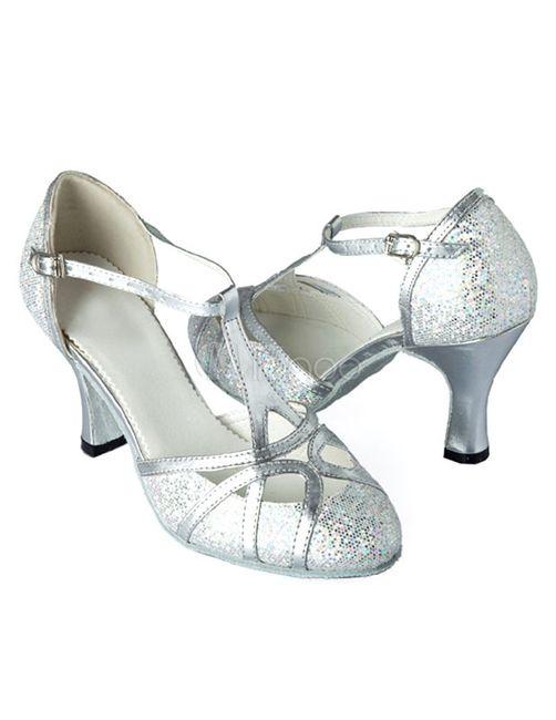 Trouver chaussure à son pied! Votez 😃 - 2