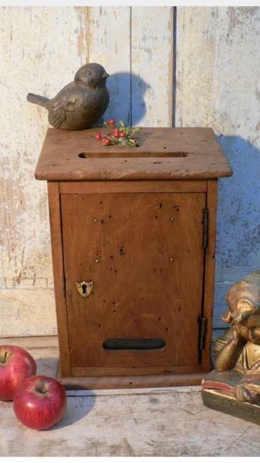 vieille bo te aux lettres pour urne vintage d coration. Black Bedroom Furniture Sets. Home Design Ideas