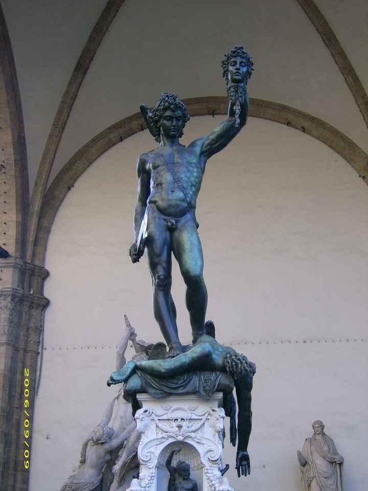 Les statues originales