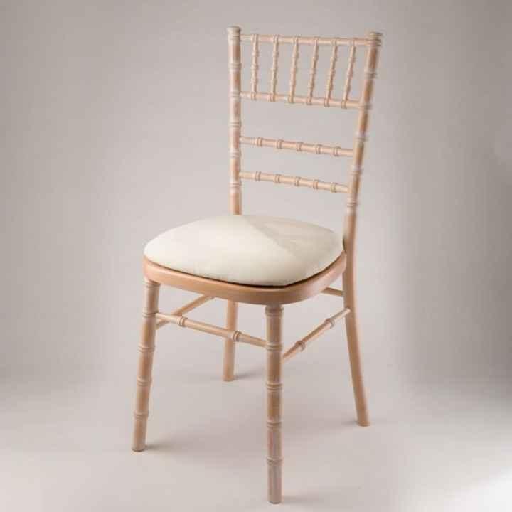Help chaises bois en location - 3