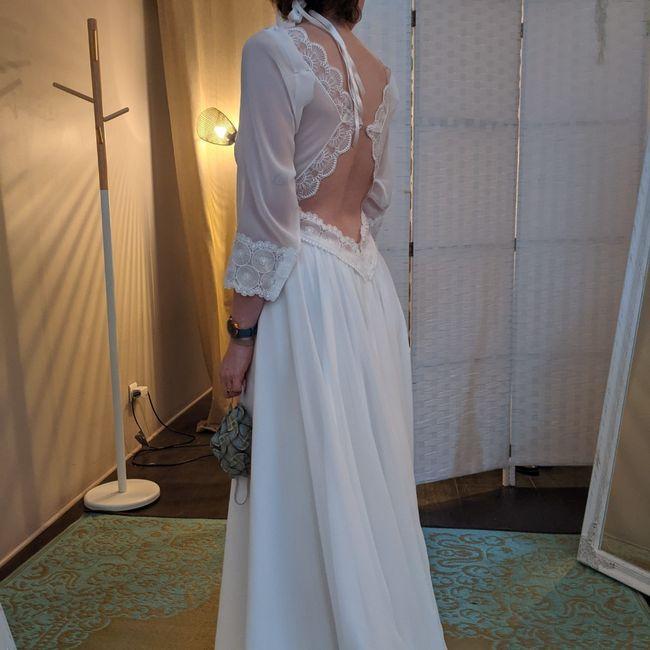 Tu en penses quoi du dos de cette robe de mariée ? 4