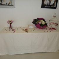 La table du livre d'or et de l'urne