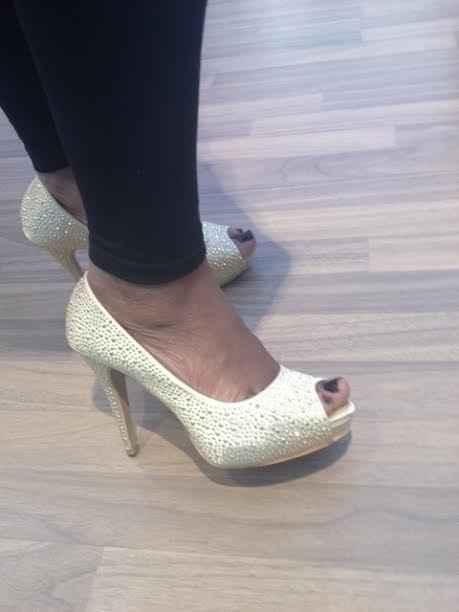 chaussure dore