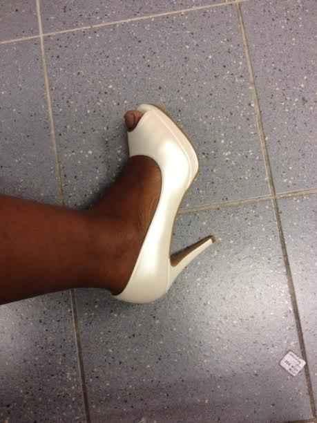 chaussure de couleur