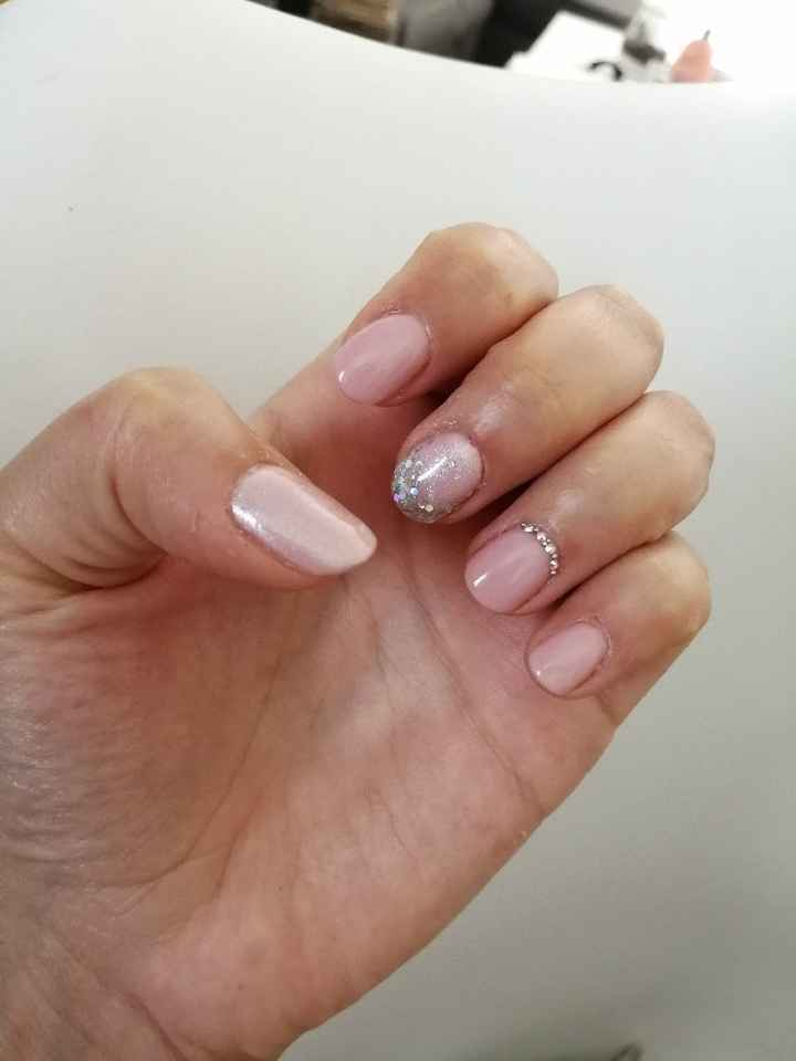 Mes ongles de mariée - 1