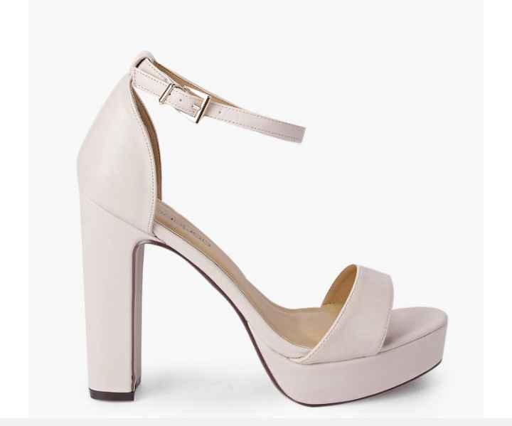 Chaussure 8
