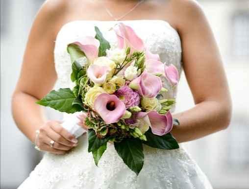 Bouquet de mariée avec des callas 7