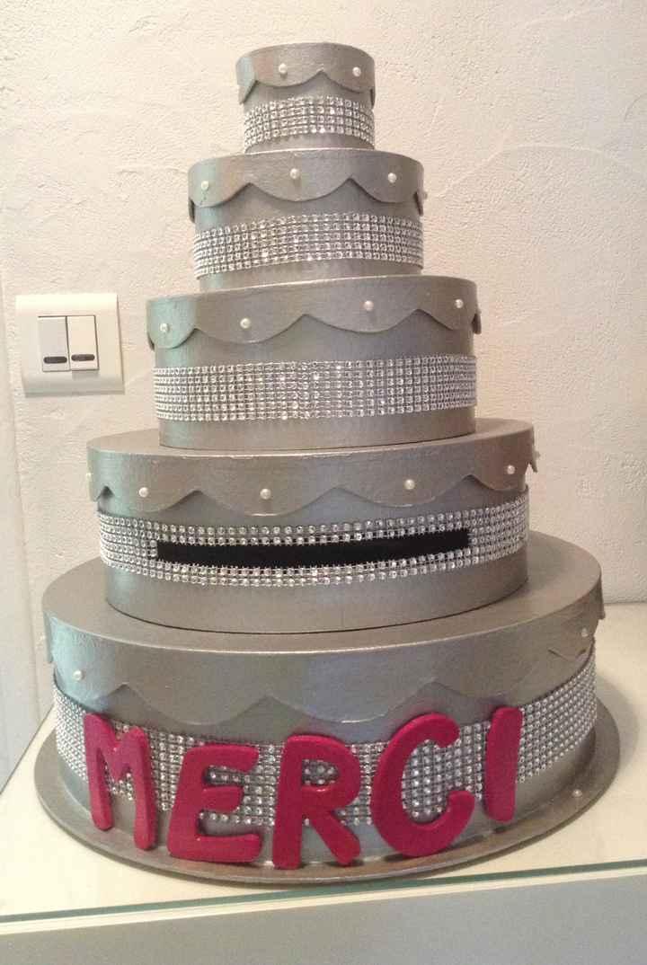 URNE WEDDING CAKE