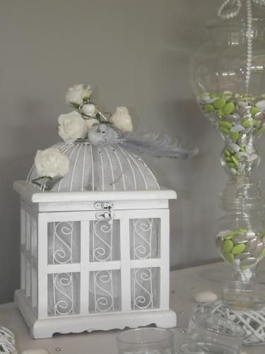 cage oiseaux photo d coration. Black Bedroom Furniture Sets. Home Design Ideas