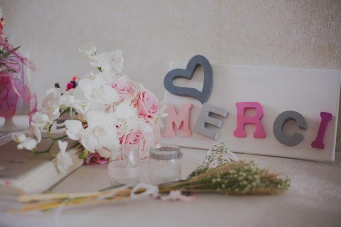 table livre d 39 or urne et arbre empreinte photo apr s le mariage. Black Bedroom Furniture Sets. Home Design Ideas