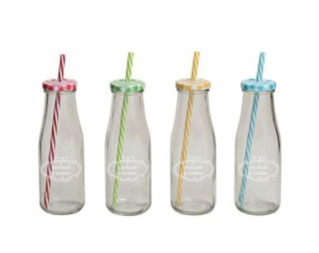 r cup ration petites bouteilles en verre d coration forum. Black Bedroom Furniture Sets. Home Design Ideas