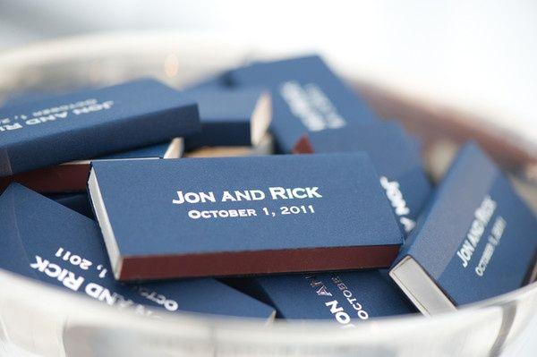 Des boîtes d'allumettes personnalisées à offrir à vos invités: oui ou non ?