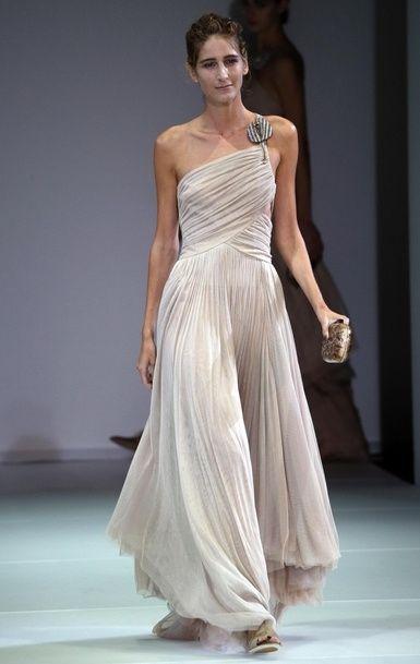 De mariée les plus moches de la fashion week printemps-été 2015
