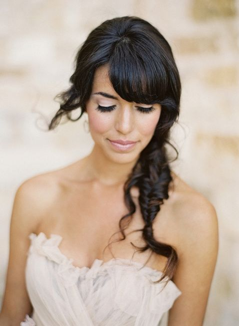10 coiffures de mari e avec frange beaut forum. Black Bedroom Furniture Sets. Home Design Ideas