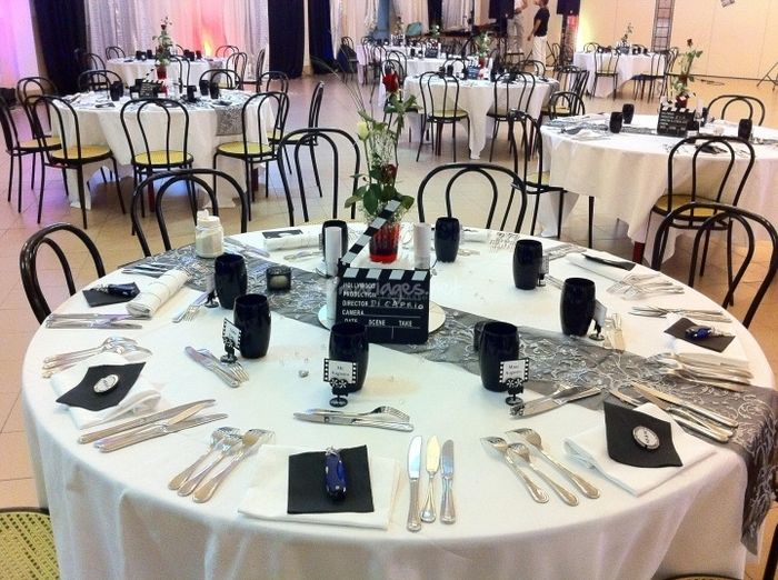 Idee de deco de table pour un mariage sur le theme du cinema photo d coration - Deco de table theme cinema ...