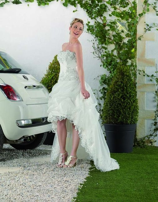 vestidos de novia cortos por delante y largos por detrás