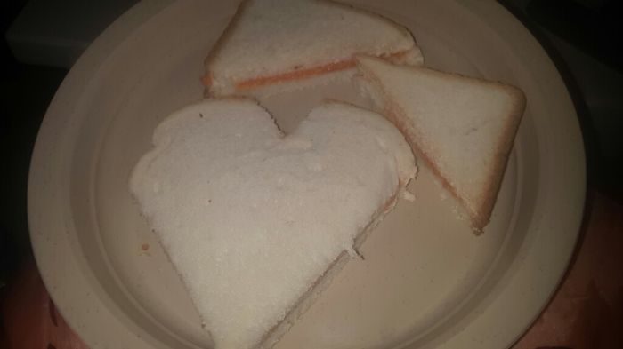 Un petit-déjeuner avec beaucoup d'amour - 1