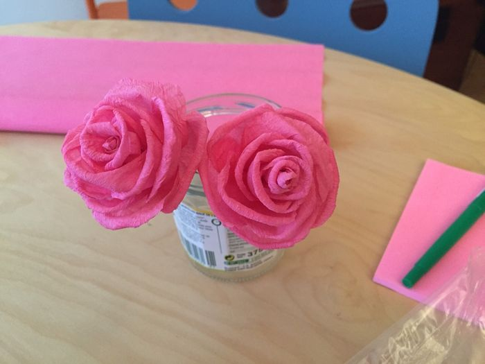 diy roses en papier cr pon d coration forum. Black Bedroom Furniture Sets. Home Design Ideas