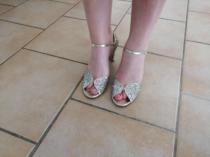 sos chaussures 12