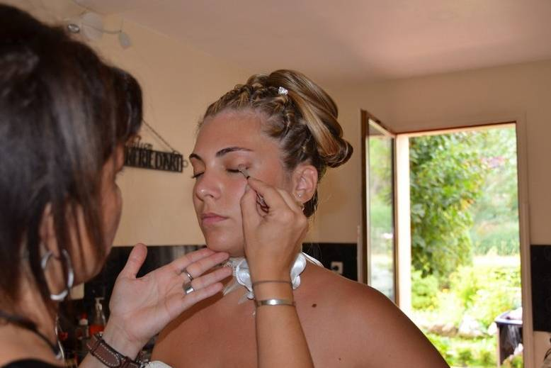 Retouches maquillage
