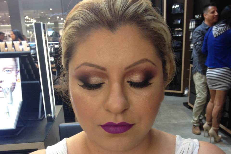 Make up by Melody