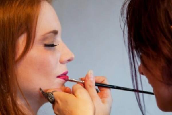 Aurore Make Up