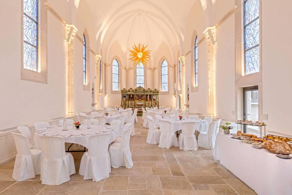 La Chapelle dressée en banquet