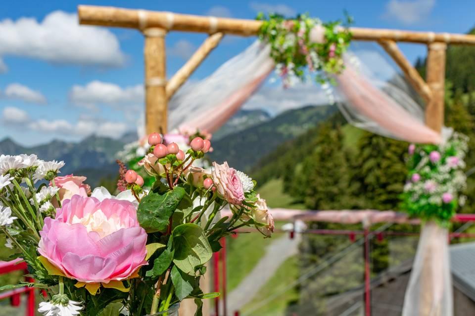 Arche décorée rose et blanc