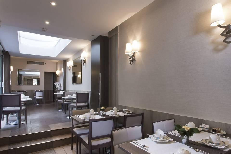 Hôtel Longchamp Elysées