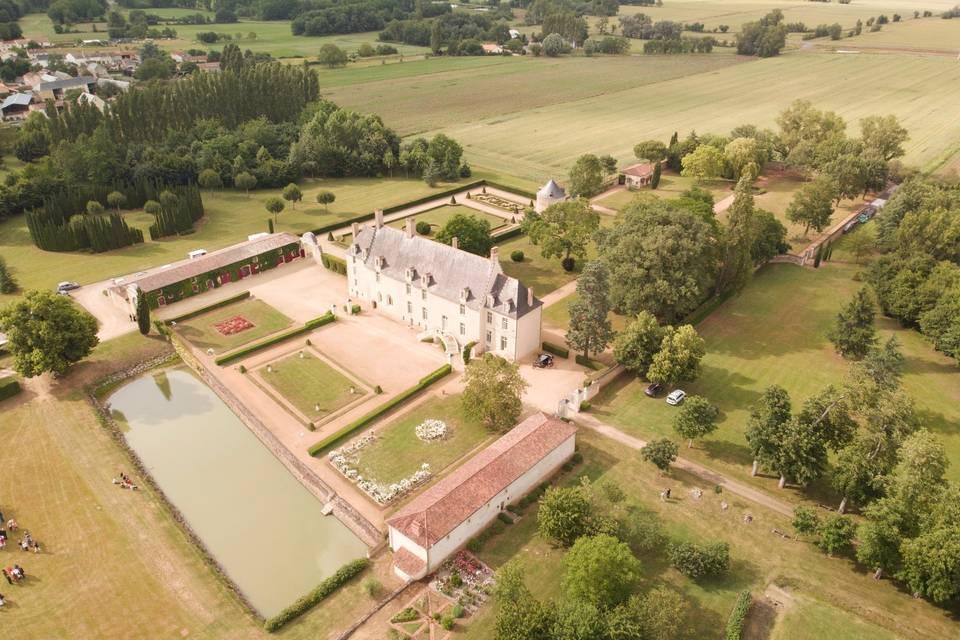 Vue aérienne devant du château