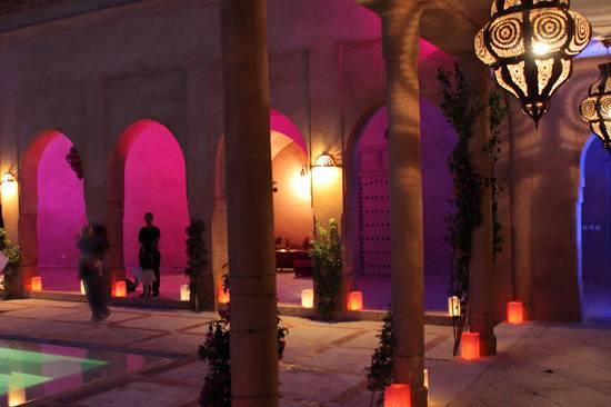 Lanternes pour décorer jardin, allées, tables...