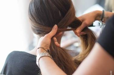 Début de coiffure