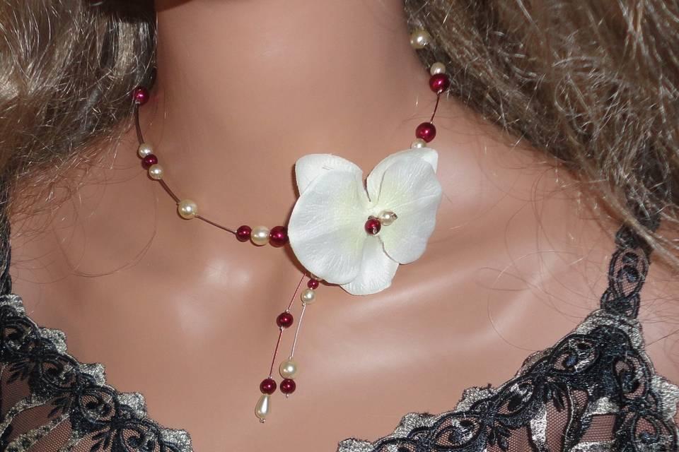 Collier orchidée