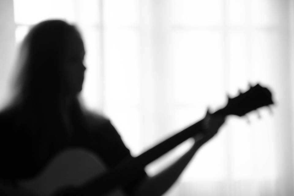 Milith - Chanteuse Guitariste