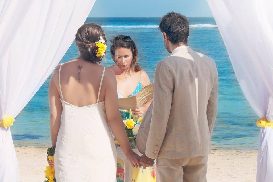 One Day Somewhere - Mariage à l'étranger