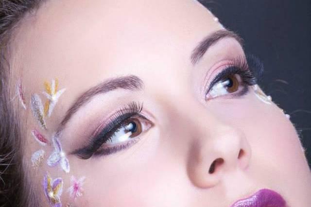 Lily Make-up