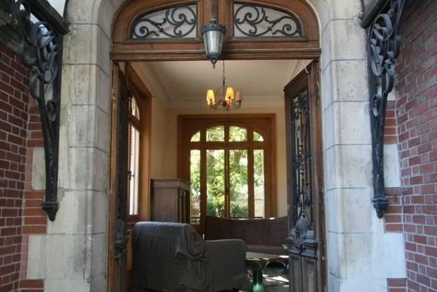 Le porche d'entrée