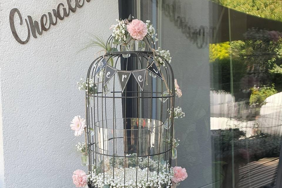 Location et fleurissement urne