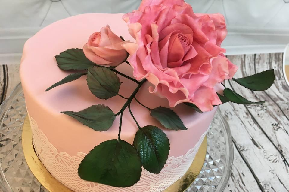 Rose modelée à la main