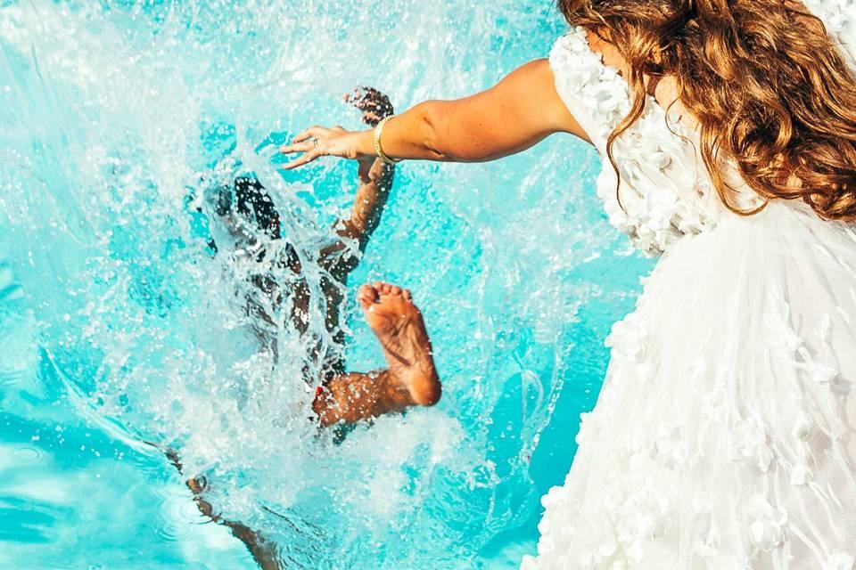 À l'eau, le marié !