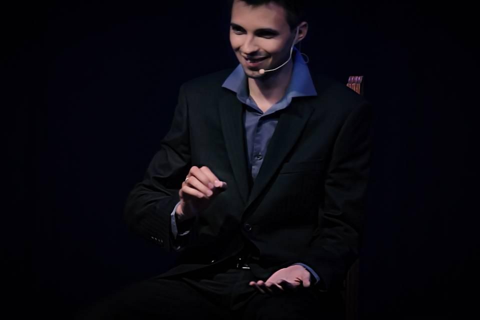 Chris Seyner - Hypnotiseur de Spectacle Profesionnel