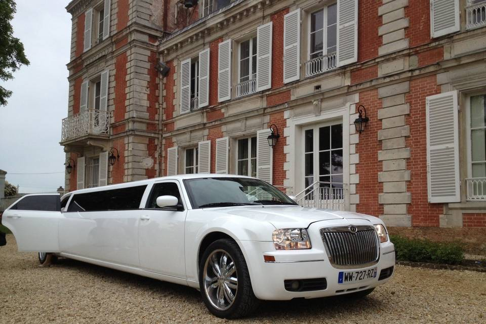 Royal Prestige Limousine
