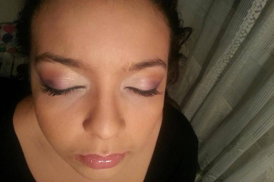 Make up violet rose saumon or