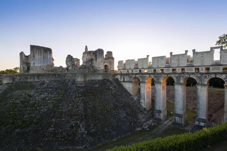 Les Ruines du Château de Fère