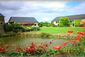 Jardin et lac