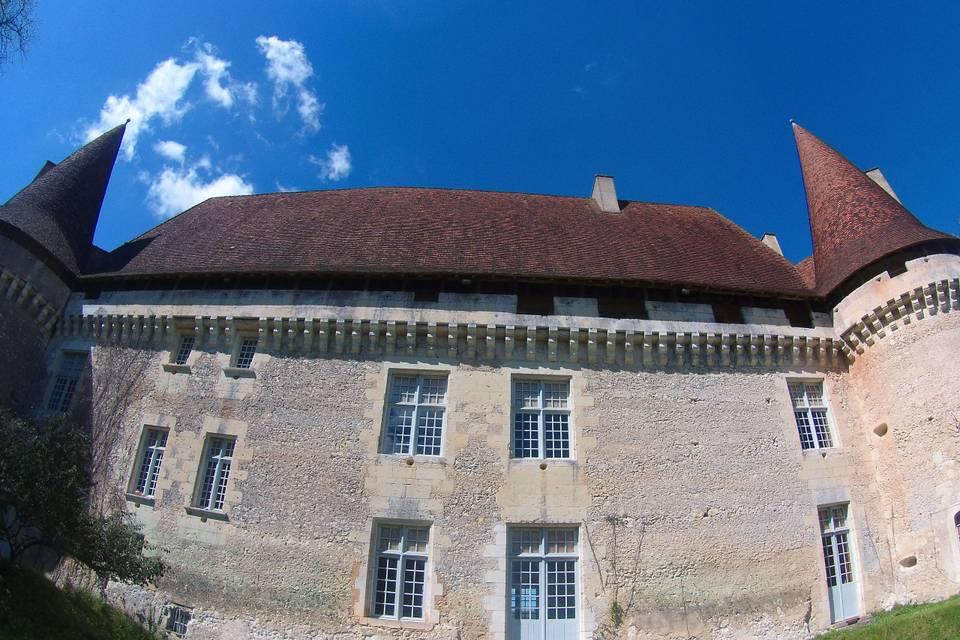 Est du château