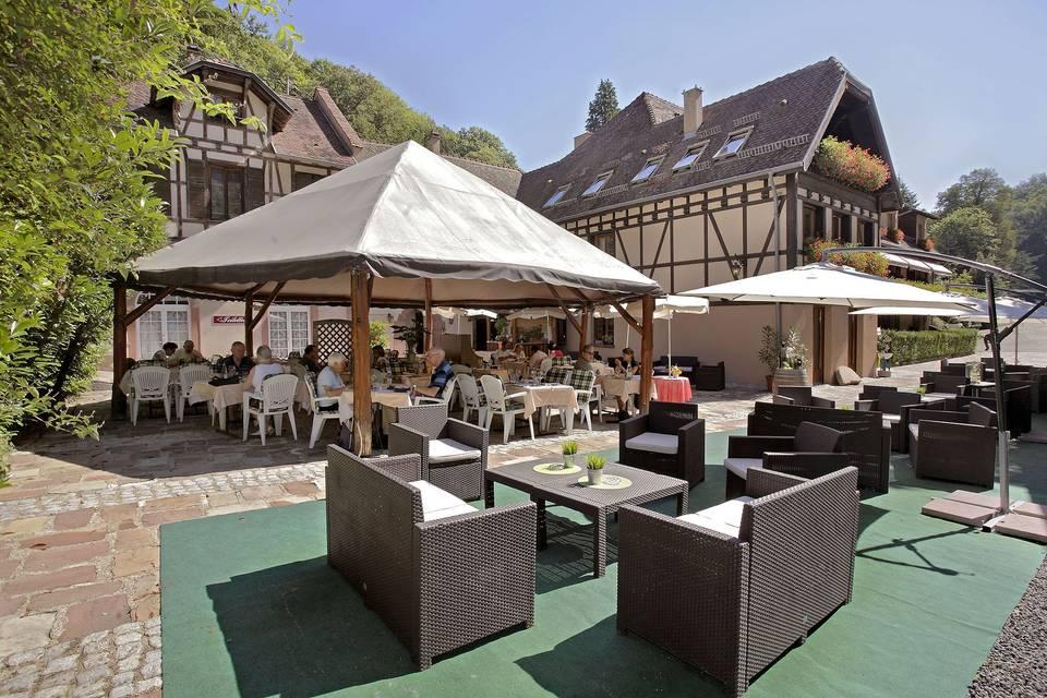Le Moulin Hotel Restaurant